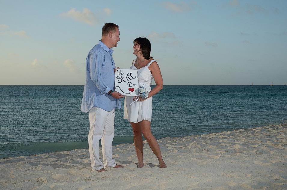 Beach Vow Renewal Ceremony: Incredible Aruba Vow Renewal And Wedding Ceremonies